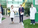 L'assessore Donino con i medici piacentini all'ospedale di Castello