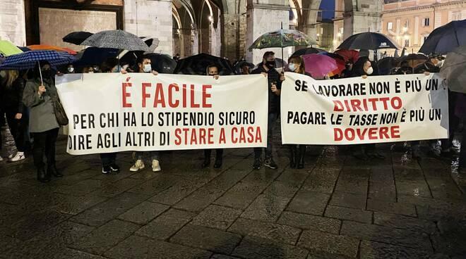 La manifestazione in Piazza