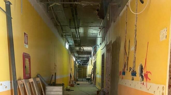 Lavori in muratura all'ospedale di Piacenza