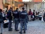 Polizia sul mercato