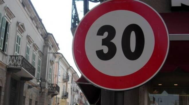 limite velocità trenta