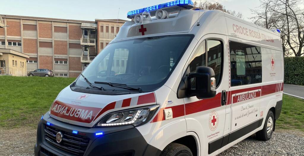 nuova ambulanza croce rossa piacenza
