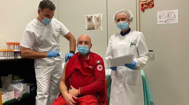 vaccino operatori Croce Rossa