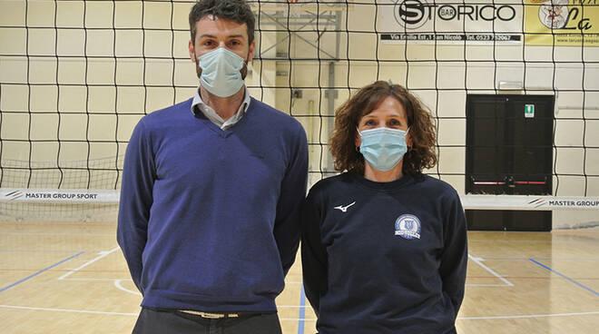Sonia Arata con il direttore generale del MioVolley Gossolengo, Gabriele Cornalba