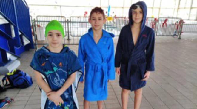 Nino Bixio nuoto