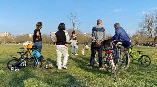 Parco della Galleana e parchi gioco gremiti