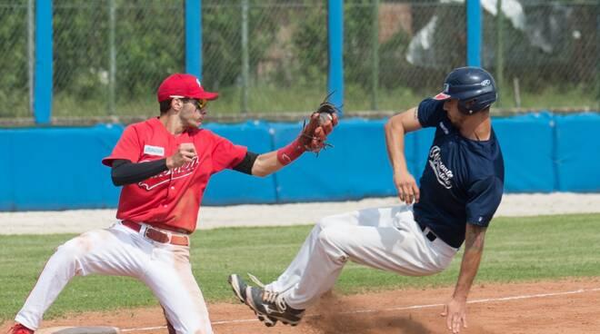 Simone Minoia - Piacenza Baseball (foto Aldo Scorsoglio)