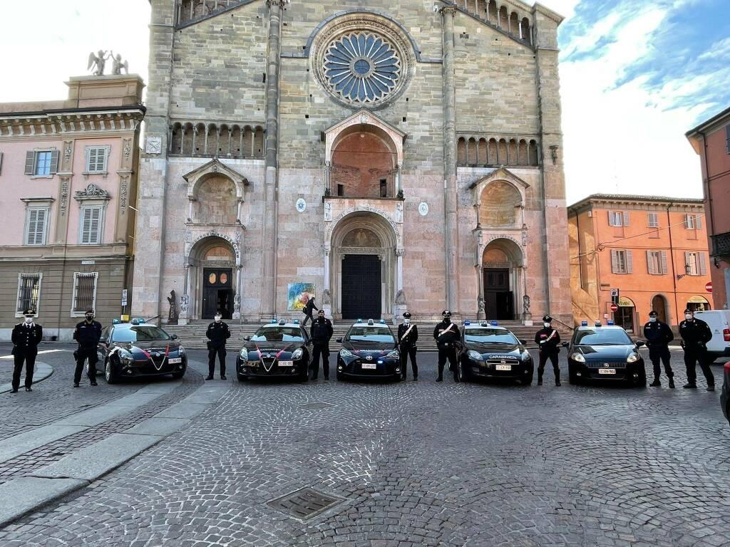 Carabinieri in piazza Duomo