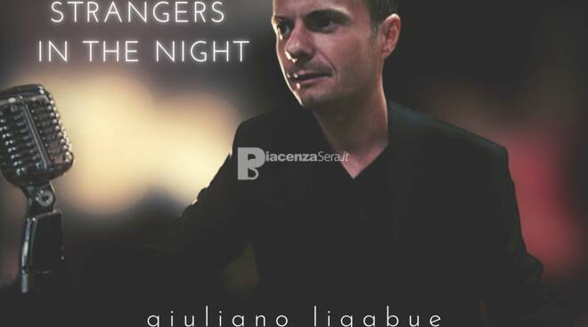 """Giuliano Ligabue omaggia Frank Sinatra nel suo nuovo singolo \""""Strangers In The Night\"""""""