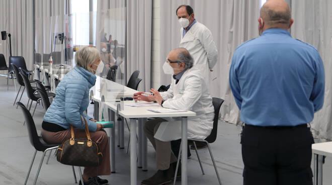 Centro vaccinazioni Piacenza Expo