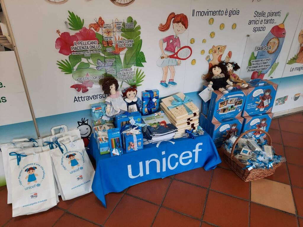 Donazione giocattoli Unicef a Pediatria