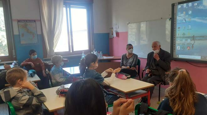 Renato Cravedi a scuola