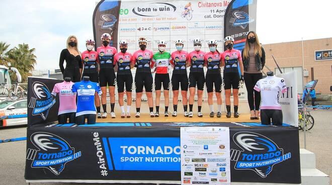 Vo2 Team Pink a Civitanova Marche (foto Ossola)
