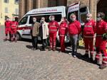 Il nuovo mezzo per il trasporto disabili donato a Croce Rossa