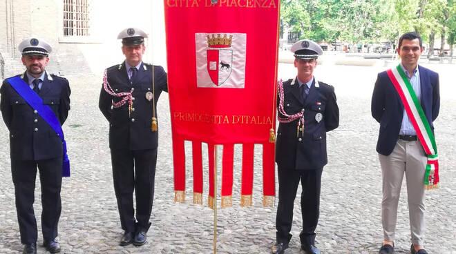 Gonfalone Piacenza a Parma