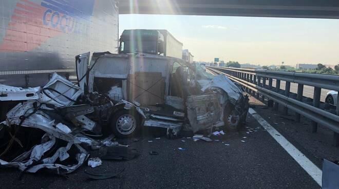incidente furgone autostrada