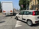 incidente via Emilia Pavese Panda