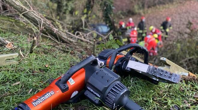 vigili del fuoco soccorrittori