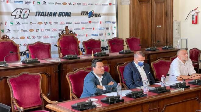 Conferenza stampa football americano
