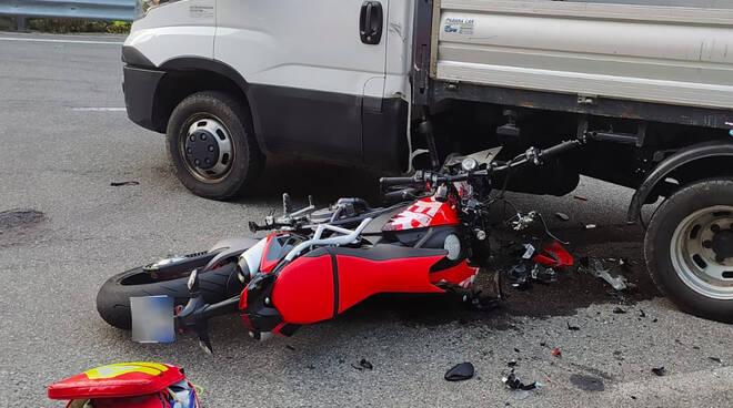 Incidente motociclista ponte organasco