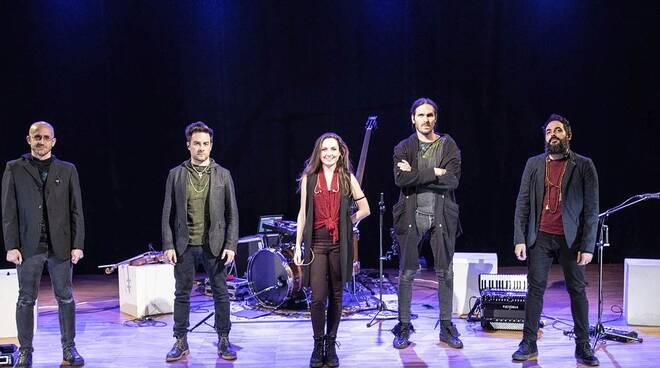 Magasin du Café feat. Sara Cesano