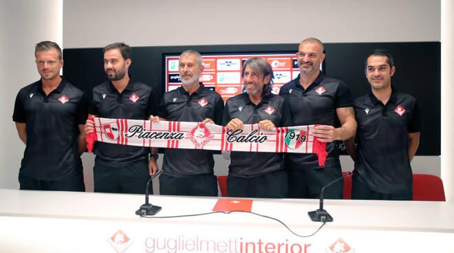 Staff tecnico Piacenza (foto Piacenza Calcio)