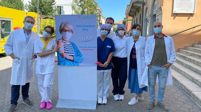 Vaccination Day a Bettola (foto Ausl)