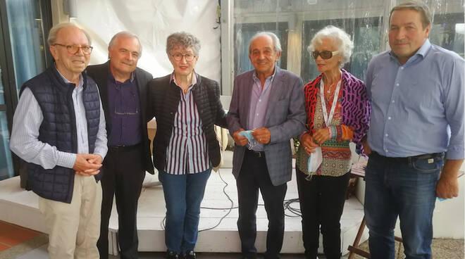 il gruppo dirigente Auser Piacenza con la presidente regionale Magda Babini