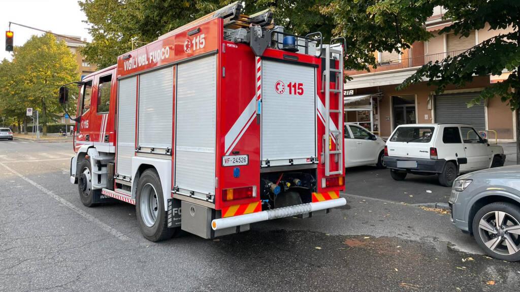 Incendio cassonetto via Martiri