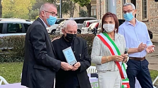 Premiazione don Artemio Casaliggio