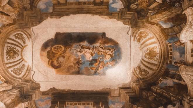 sala soffitto Farnese