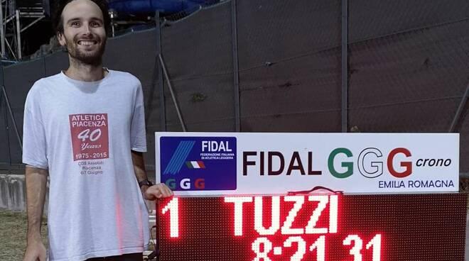 Tuzzi record