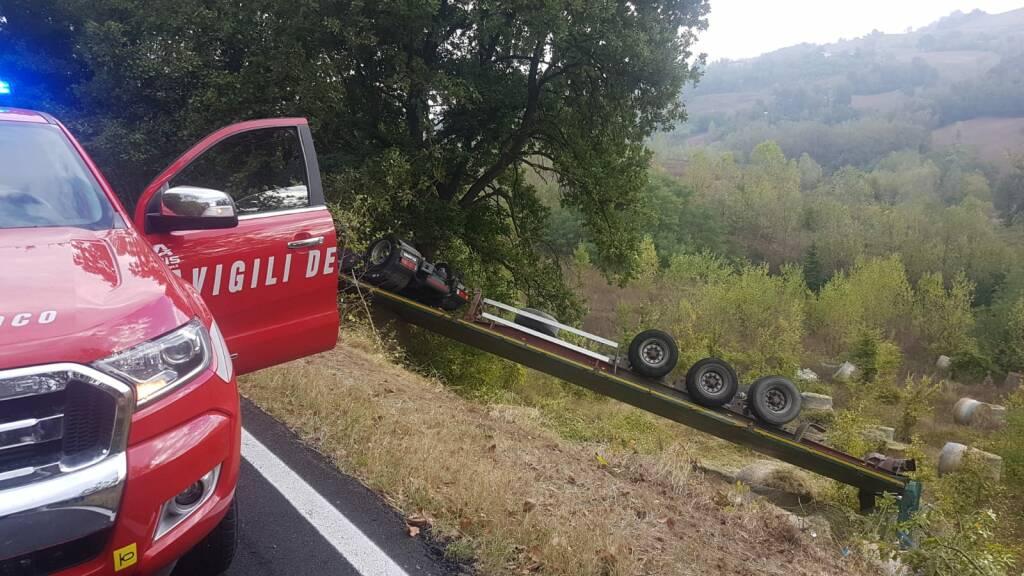 camion ribaltato Case Gazzoli