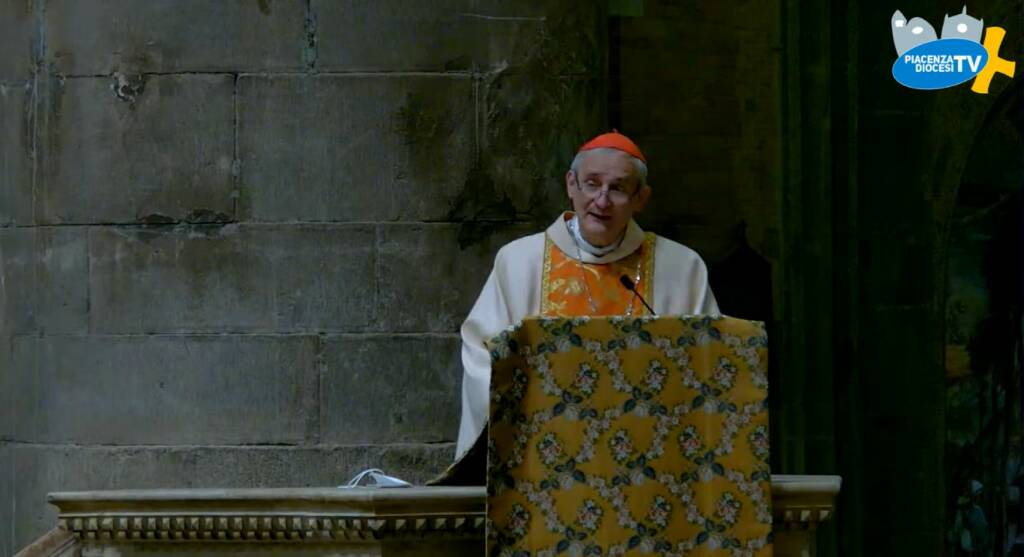 il Cardinale Zuppi in cattedrale