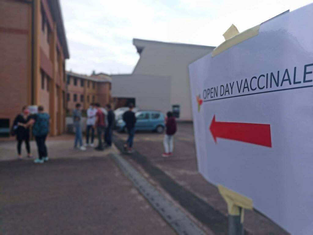 Volta Castel San Giovanni vaccino